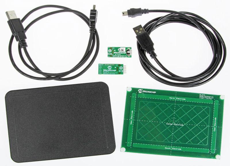 Microchip DM160218 Hillstar - kit de développement et plaque 3D TouchPad DM160225 de Microchip