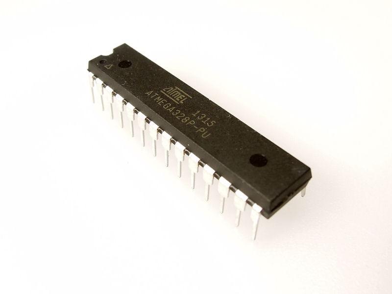 Microcontrôleur de rechange pour Arduino Uno Rev. 3